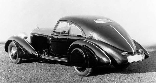 1934年,代號W29的500K車型為 Mercedes-Benz 揭開車壇豪華雙門轎跑的歷史新頁