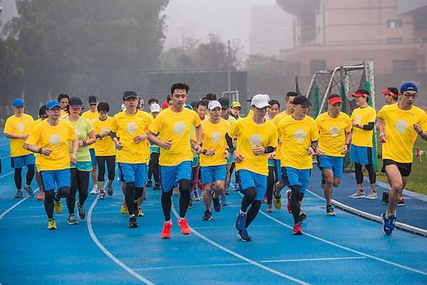 05-2018 PUMA螢光夜跑 跑者訓練營-團員使用Garmin Sports系統搭配科學化訓練,成效可期