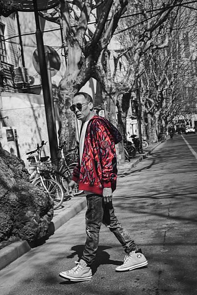 【新聞照片4】CLOT RED ALIENEGRA系列 形象概念圖-2