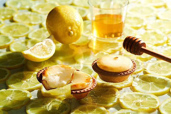 BAKE CHEESE TART在台推出春季限定瀨戶內蜂蜜檸檬起司塔(照片提供 BAKE CHEESE TART)
