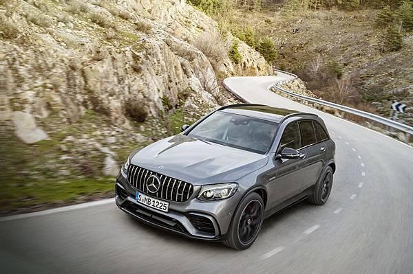 Mercedes-AMG GLC 63 4MATIC+提供強悍性能之外不同的感官選擇 (配備以實車為準)