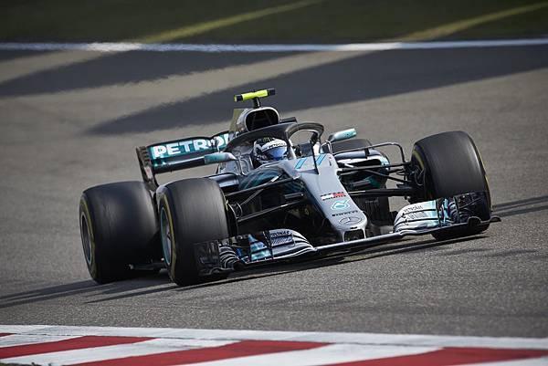 雖然賽場上出現事故亂流,但Mercedes-AMG Petronas Motorsport車隊依然有著精彩表現