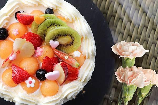 『綠漾花園.繽紛傳馨』母親節蛋糕