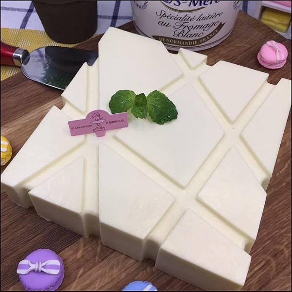 【新聞照片7】【初衷】原味頂級生乳酪蛋糕-3
