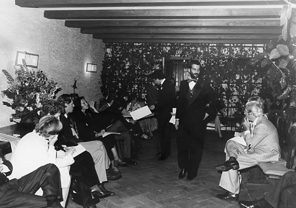 4. 1976年Ermenegildo Zegna舉辦男性時裝展示