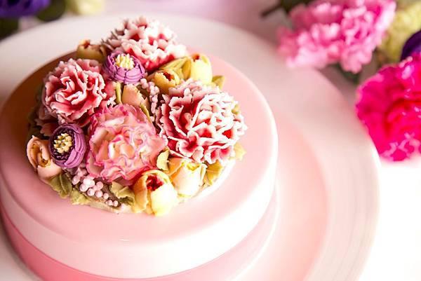 君品酒店母親節限定蛋糕「永恆之愛」