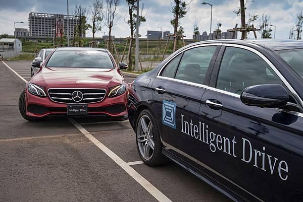 Mercedes-Benz引以為傲的「Intelligent Drive智慧駕駛輔助系統」象徵自動駕駛願景的來臨
