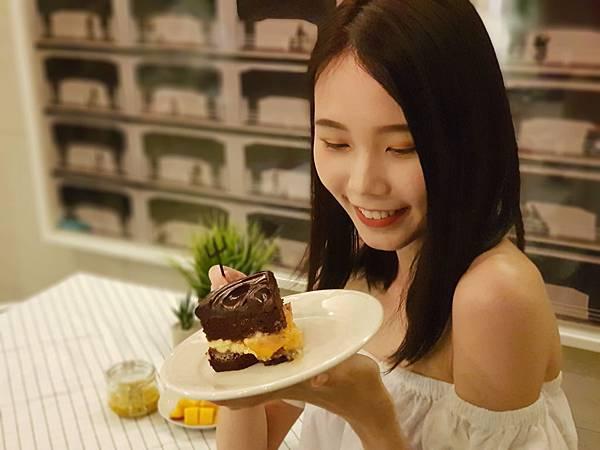 圖2. 甜點控大失守,BAC鮮芒果礦石蛋糕熱帶風情新上市
