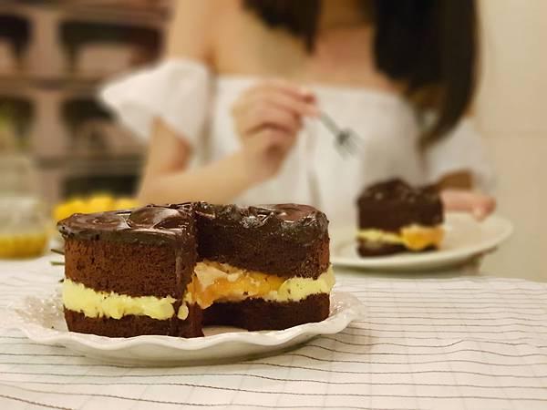 圖3. BAC鮮芒果礦石蛋糕,酸甜濃郁的口感,令人一口接一口