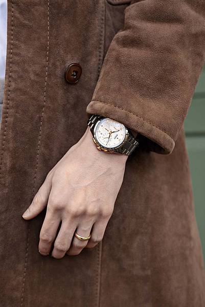 Rado HyperChrome 皓星系列自動機械計時腕錶_建議售價 NTD159,100._情境照(3)
