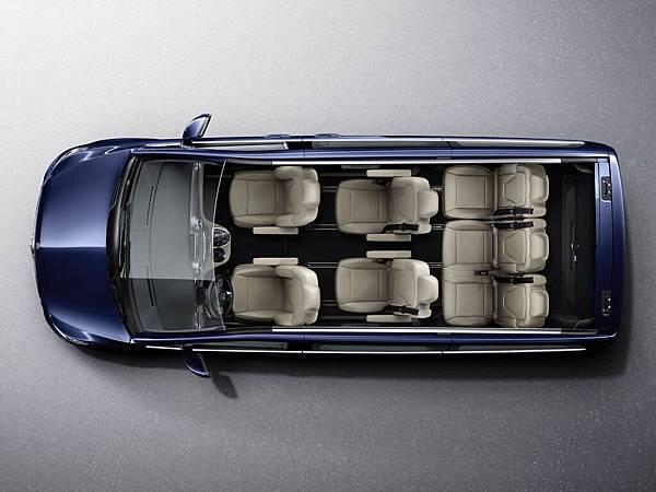 全新的V 220 d以較短的車身提供與V 250 d相同寬敞空間機能,保持一貫靈活機能運用