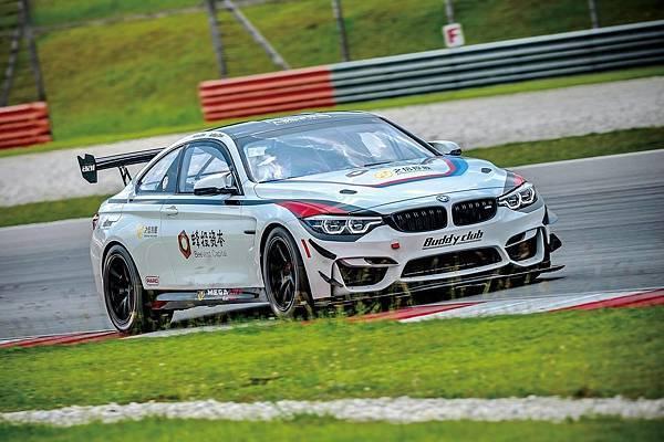 FIST Team AAI BMW M4.jpg