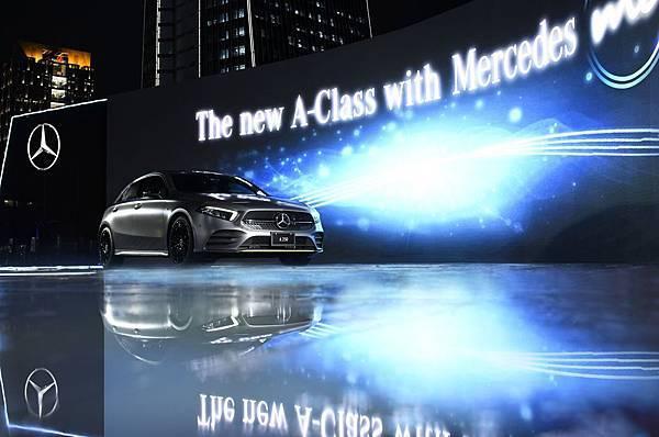 _限量30台的The new A-Class Edition 1將採限量限時預購,於9月1日中午12點線上正式開賣,建議售價為新台幣224.6萬元。