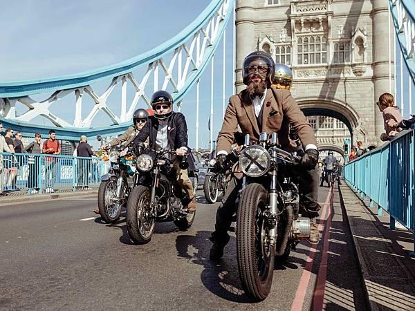 2017年於倫敦舉辦的 DGR 正裝紳士騎行活動_02.jpg