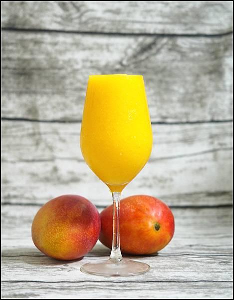芒果柳橙冰沙.jpg