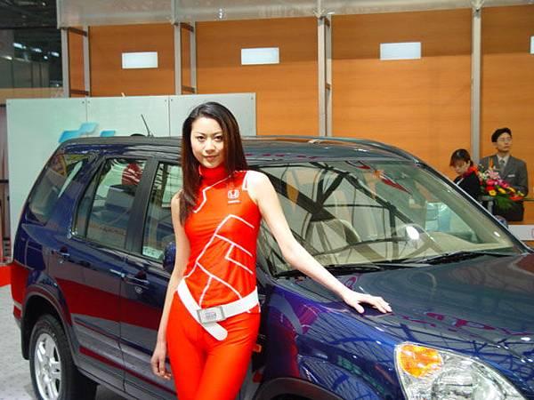 不一樣的車,用不一樣的模特兒 - 01.jpg