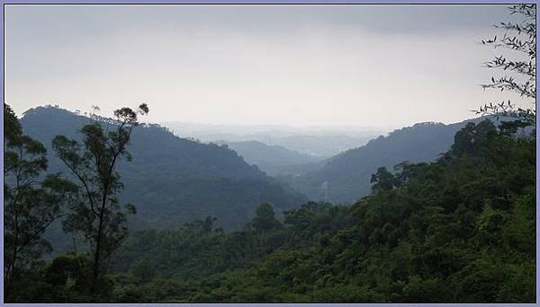 新竹峨眉獅頭山風景區 - 山雨欲來