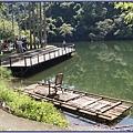 大溪後慈湖導覽行程 - 當年蔣公遊大漢溪時乘坐的竹筏(複製品)