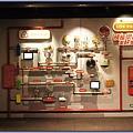 可口可樂博物館遊記 - 可口可樂愛地球 資源回收步驟展示牆