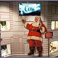 可口可樂博物館遊記 - 陳列聖誕節相關商品與播放北極熊廣告的聖誕老人區