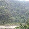 新竹內灣老街 - 橫跨油羅溪的攀龍吊橋