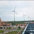 觀音海水浴場 - 壯觀的風力發電機組 1