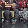 觀音甘泉寺 - 正殿內的觀音石