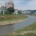 從龜山新路橋上俯覽波光粼粼的南崁溪