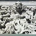 觀音山 - 主祀北極玄天上帝的九龍順天宮 (正殿前的九龍壁)