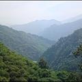 新竹南清公路上的秀麗山巒雲海.jpg