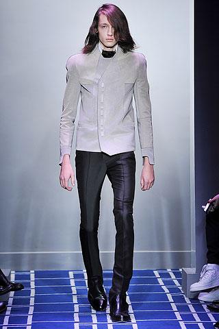 Balenciaga 7.jpg