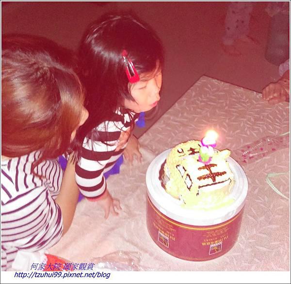 寶貝霓三歲生日08
