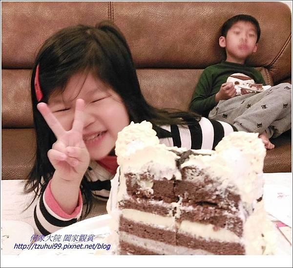 寶貝霓三歲生日10