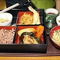 平和通+鹽屋+花笠食堂15.JPG