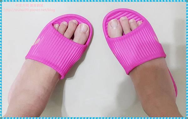 Fun Plus拖鞋11.jpg