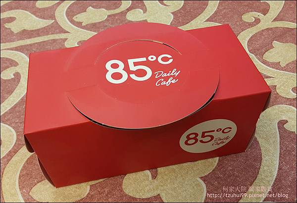 舒芙蕾輕乳酪 (85度C甜點) 01.jpg