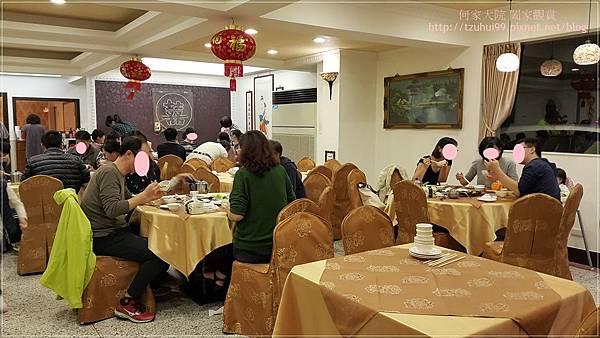 金松門素食餐廳 03.jpg
