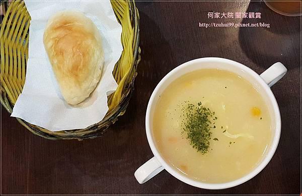 林口珍鍋派小火鍋牛排 10.jpg
