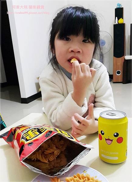 聯華食品可樂果辛起司口味 12.jpg