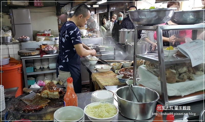 台北北投市場美食三連發~矮仔財+黃家酸菜滷肉飯+阿婆紅茶 05.jpg