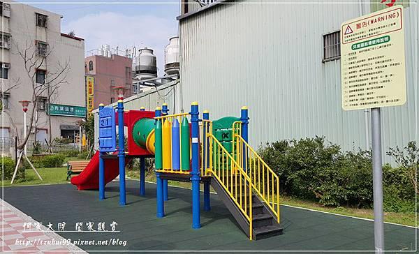 新北林口樹林口公園特色溜滑梯磨石子溜滑梯 11.jpg