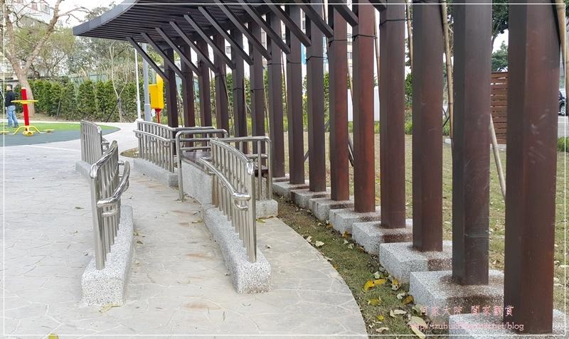 新北林口興林口公園(特色溜滑梯人工草皮沙坑共融公園) 05.jpg