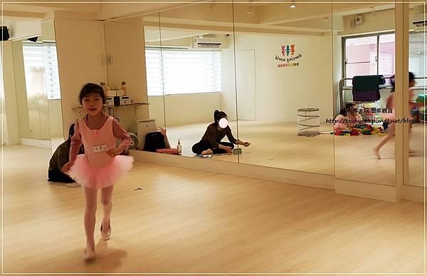 舞動世界兒童舞蹈(板橋分校)-芭蕾律動課程之預約體驗試上 16.jpg