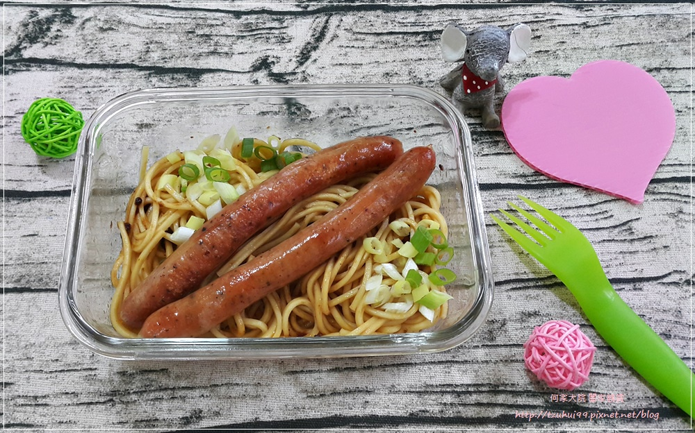 龍達德式香腸六小福&煙燻雞肉 20.jpg
