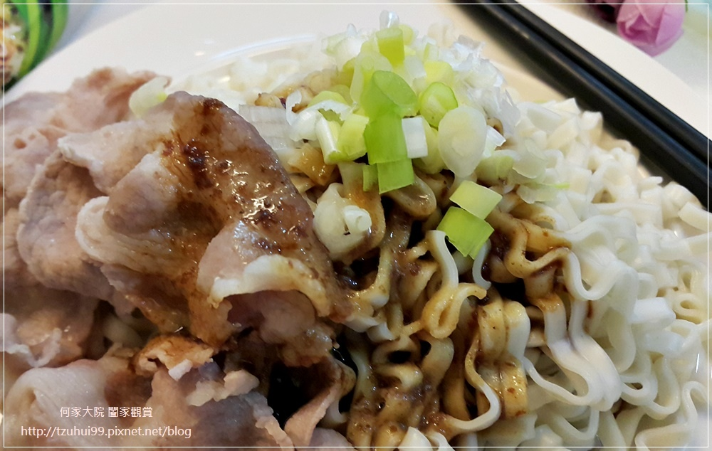初心亭 牛汁拌麵+牛肉乾(原味&辣味) 15.jpg