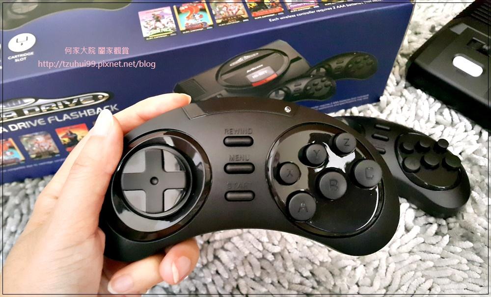SEGA MD 復古遊戲機 09.jpg