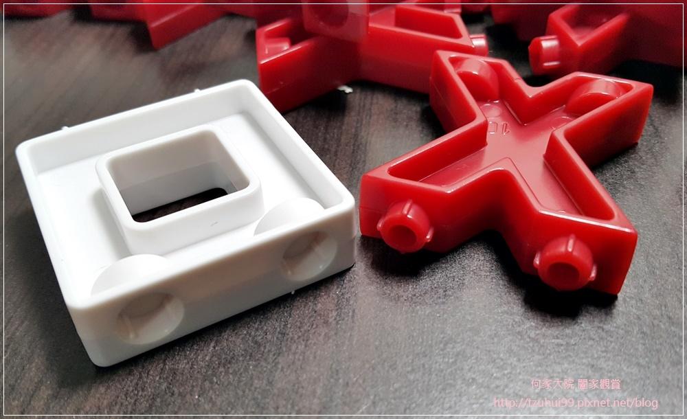 (好玩桌遊分享)美國瑪莉莎Melissa & Doug遊戲-3D戰略桌遊,圈圈疊叉叉 11.jpg