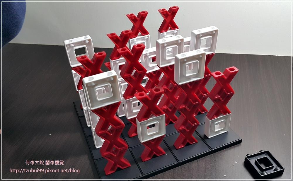 (好玩桌遊分享)美國瑪莉莎Melissa & Doug遊戲-3D戰略桌遊,圈圈疊叉叉 14.jpg