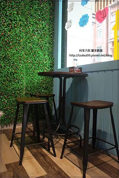 GoldBoss Coffee鬆餅工坊(長庚文興店)林口長庚附近點心鬆餅美食 06.JPG