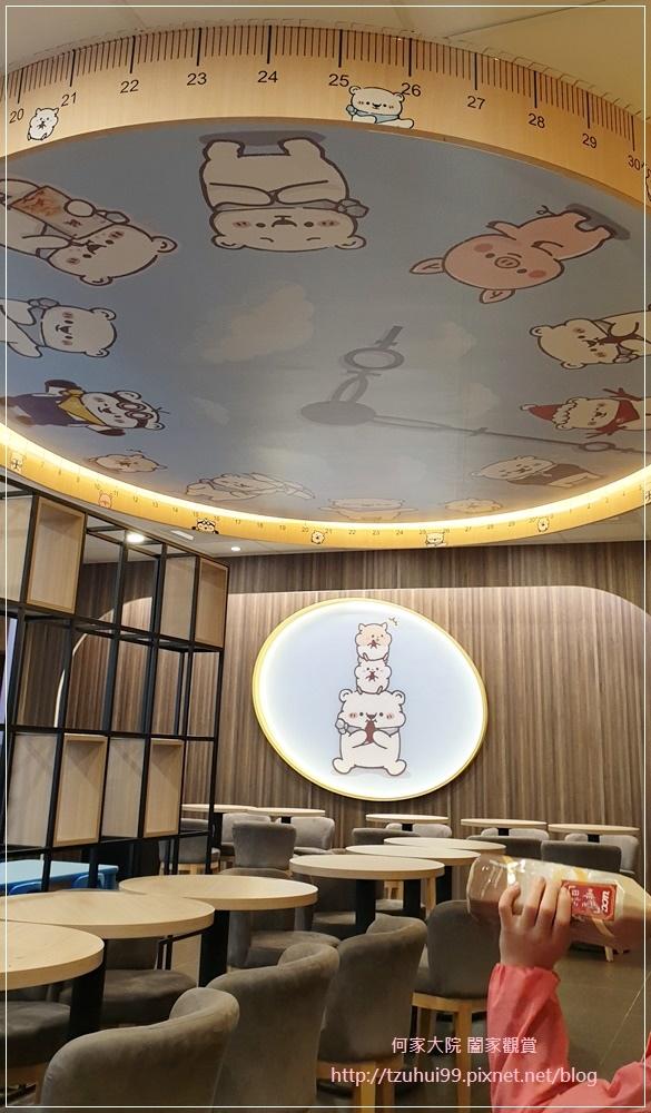 萊爾富便利商店(林口童樂店)內有用餐區與兒童學習體驗角 11.jpg
